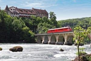 Red Arrow Churchill Train