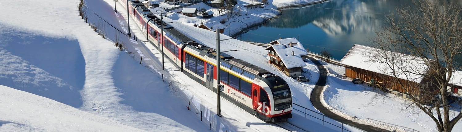 Luzern–Interlaken-Express im Winter